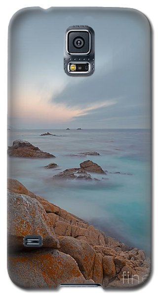 Galaxy S5 Case featuring the photograph Approaching Storm by Jonathan Nguyen