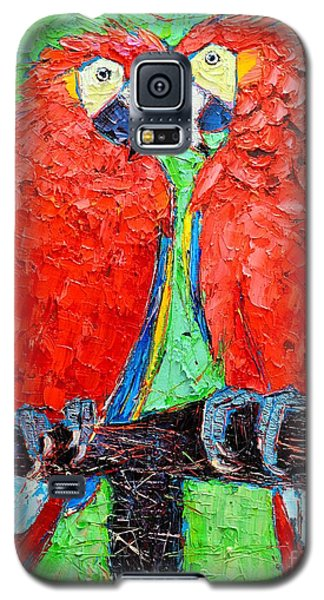 Ara Love A Moment Of Tenderness Between Two Scarlet Macaw Parrots Galaxy S5 Case by Ana Maria Edulescu