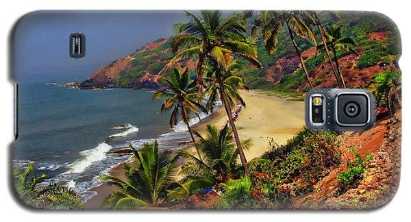 Arambol Beach India Galaxy S5 Case by Anthony Dezenzio
