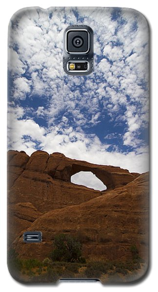 Galaxy S5 Case featuring the photograph Arches 1 by Tom Kelly