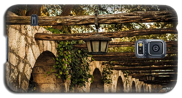 Arches At The Alamo Galaxy S5 Case by Melinda Ledsome