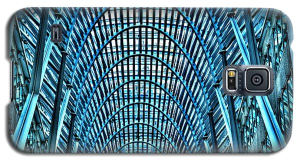 Galaxy S5 Case featuring the photograph Arches In Brookefield Place by Joe  Ng