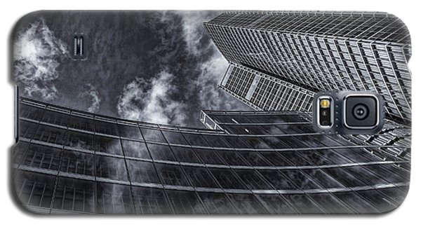 Architectural View With Clouds Galaxy S5 Case