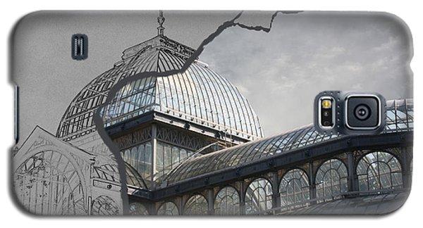 Galaxy S5 Case featuring the photograph Architecture 3 by Angel Jesus De la Fuente