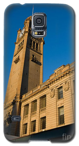 Architecture Of The Past - A Tall Station Clock Tower Galaxy S5 Case