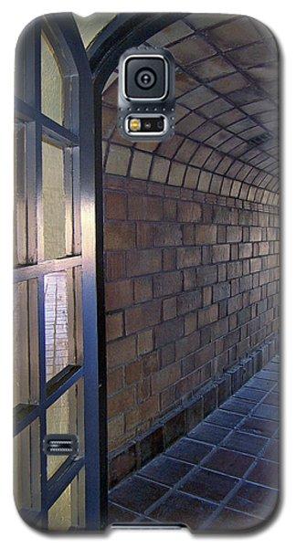 Archway In Mission Inn Riverside Galaxy S5 Case