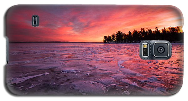 Arctic Sunrise Galaxy S5 Case by Robert Clifford