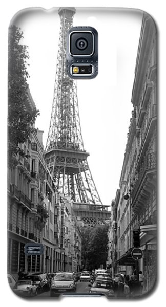 Galaxy S5 Case featuring the photograph Around The Corner by Lisa Parrish