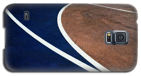 Galaxy S5 Case featuring the photograph Art On The Basketball Court  11 by Gary Slawsky