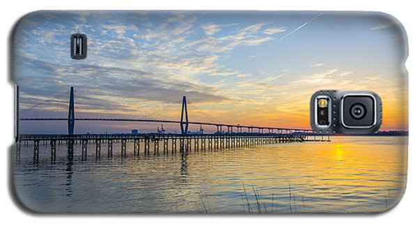 Calm Waters Over Charleston Sc Galaxy S5 Case by Dale Powell