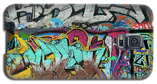 Artistic Graffiti On The U2 Wall Galaxy S5 Case