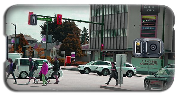 Galaxy S5 Case featuring the photograph Oakridge Intersection by Laurie Tsemak