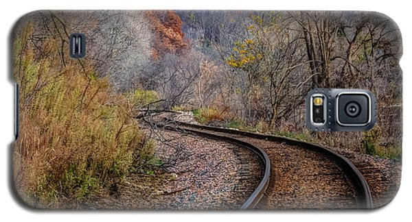 As I Walk The Tracks I Think Galaxy S5 Case by Kelly Marquardt