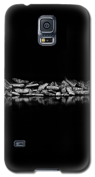 Galaxy S5 Case featuring the photograph Ashbridges Bay Toronto Canada Breakwall 1 by Brian Carson