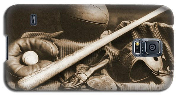 Athletic Equipment 1940 Galaxy S5 Case