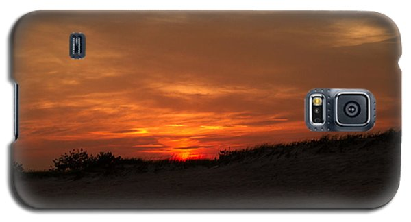 Galaxy S5 Case featuring the photograph Atlantic Beach At Sunset by Haren Images- Kriss Haren