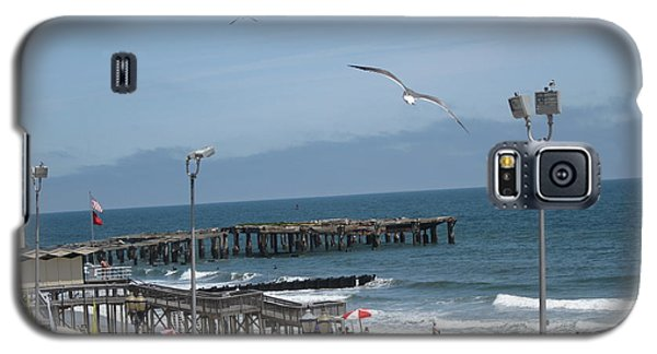 Galaxy S5 Case featuring the photograph Atlantic City 2009 by HEVi FineArt
