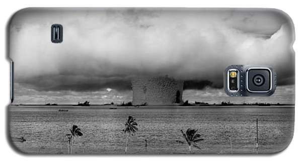 Atomic Bomb Test Galaxy S5 Case by Mountain Dreams