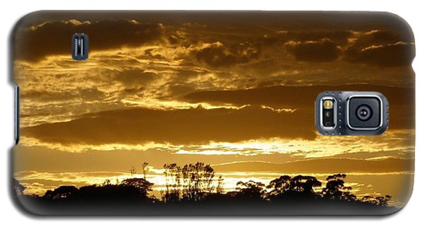 Galaxy S5 Case featuring the photograph Australian Sunrise by Bev Conover