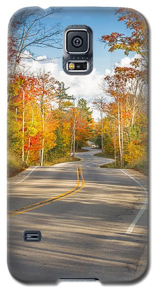 Galaxy S5 Case featuring the photograph Autumn Afternoon On The Winding Road by Mark David Zahn