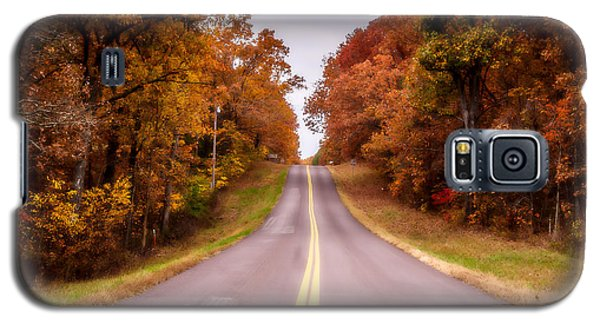 Autumn Along The Rural Road Galaxy S5 Case