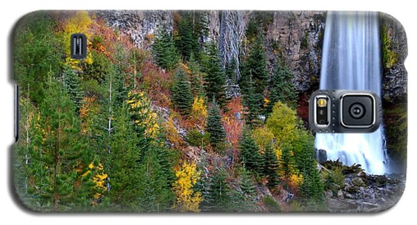 Galaxy S5 Case featuring the photograph Autumn Colors Surround Tumalo Falls by Kevin Desrosiers
