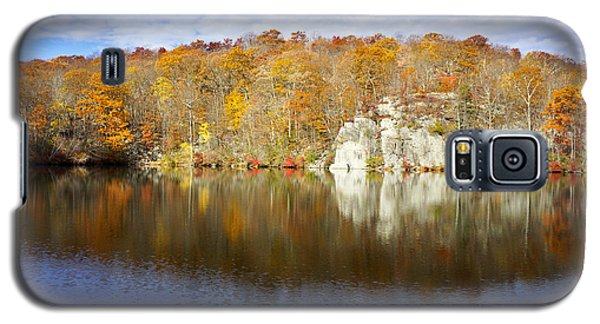 Autumn In Lake Canopus Galaxy S5 Case
