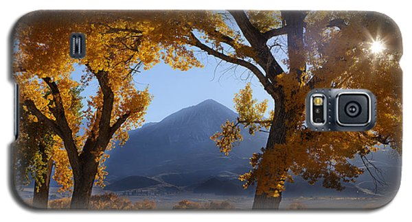 Autumn In The Mountains Galaxy S5 Case by Andrew Soundarajan