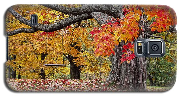 Galaxy S5 Case featuring the photograph Autumn Memories by Alan L Graham