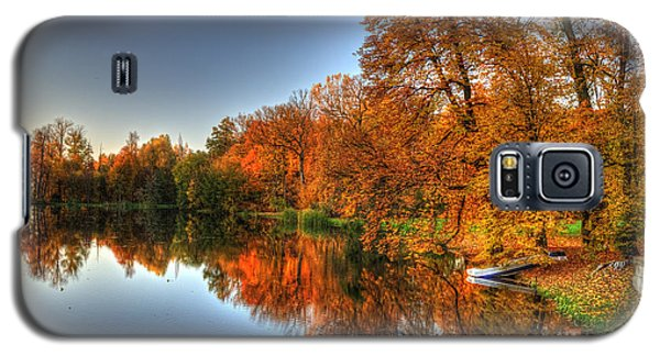 Autumn Trees Over A Pond In Arkadia Park In Poland Galaxy S5 Case