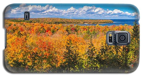 Galaxy S5 Case featuring the photograph Autumn Vistas Of Nicolet Bay by Mark David Zahn