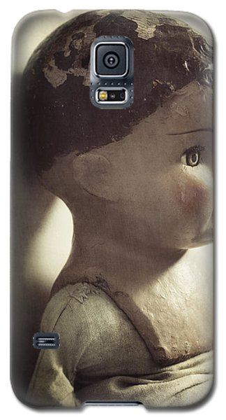 Galaxy S5 Case featuring the photograph Ava by Amy Weiss