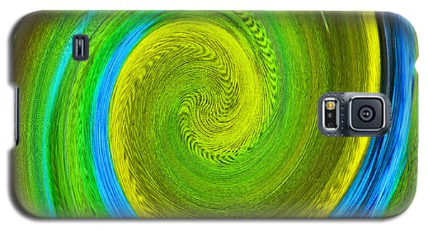 Galaxy S5 Case featuring the photograph Avian Swirl 2 by Margaret Saheed