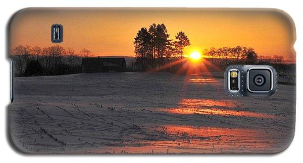 Galaxy S5 Case featuring the photograph Awakening by Terri Gostola