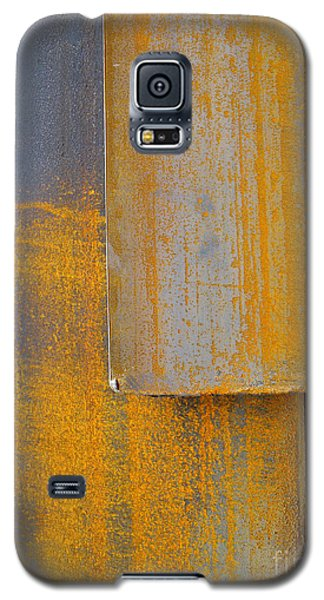 Galaxy S5 Case featuring the photograph Axis by Robert Riordan