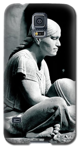 Galaxy S5 Case featuring the photograph Aztec Woman by Bob Wall