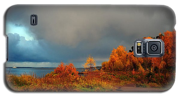 Galaxy S5 Case featuring the photograph Bad Weather Coming by Randi Grace Nilsberg