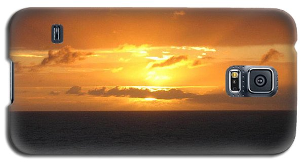 Galaxy S5 Case featuring the photograph Bahamas Ocean Sunset by John Telfer
