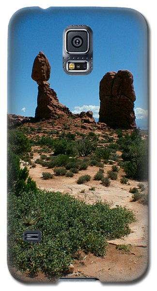 Galaxy S5 Case featuring the photograph Balanced Rock by Jon Emery