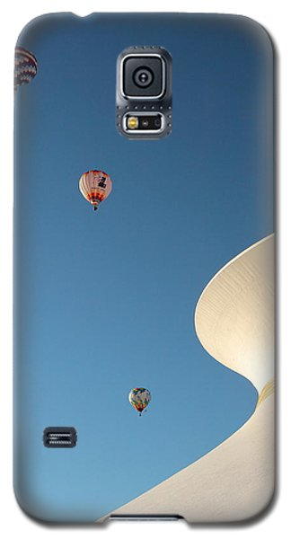 Balloons Race Over The Planetarium Galaxy S5 Case
