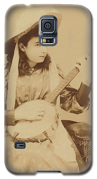 Banjo Girl 1880s Galaxy S5 Case by Paul Ashby Antique Image