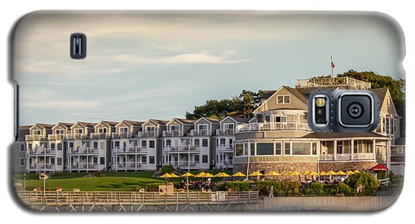 Galaxy S5 Case featuring the photograph Bar Harbor Inn  by Trace Kittrell