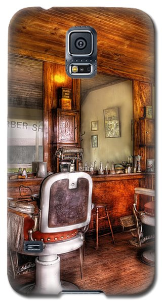 Barber - The Barber Shop II Galaxy S5 Case by Mike Savad