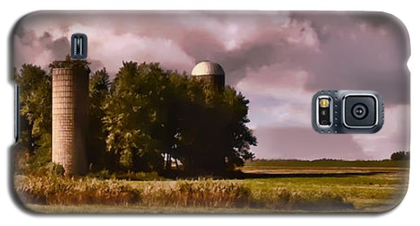 Barn And 2 Silos Galaxy S5 Case by Greg Jackson