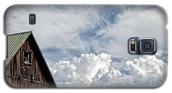 Galaxy S5 Case featuring the photograph Barn And Clouds by Joseph J Stevens