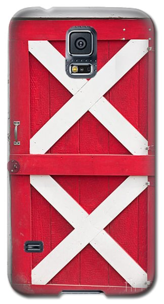 Galaxy S5 Case featuring the photograph Barn Door by Gunter Nezhoda