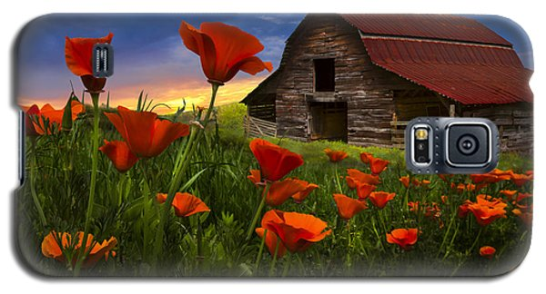 Barn In Poppies Galaxy S5 Case by Debra and Dave Vanderlaan