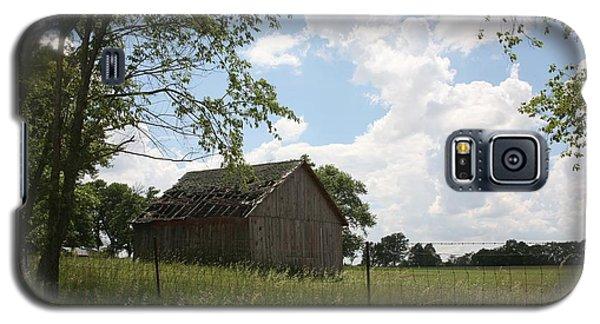 Barn Near Centralia Missouri Galaxy S5 Case