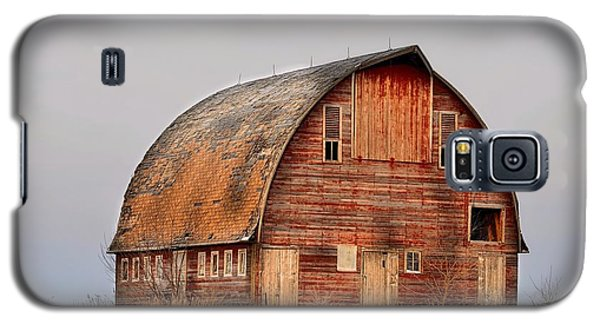 Barn On The Hill Galaxy S5 Case by Bonfire Photography