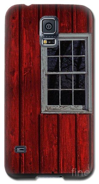 Galaxy S5 Case featuring the photograph Barn Window by Debra Fedchin